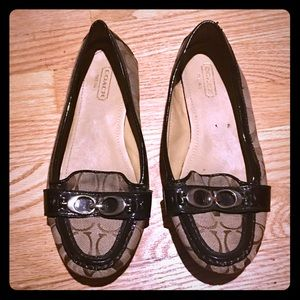 COACH Classic Brown Loafers Size 7